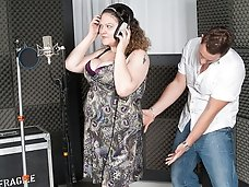 Naughty fat singer spreads